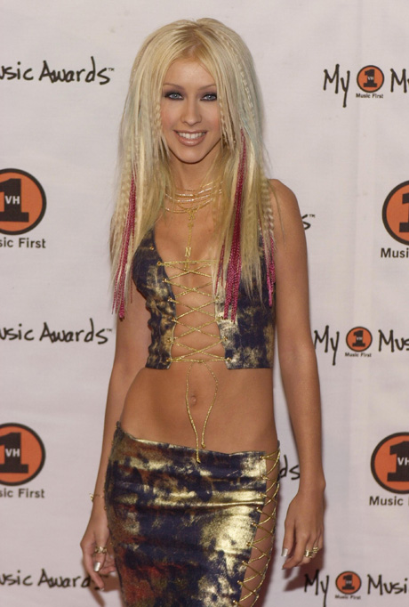 "382643 05: Performer Christina Aguilera arrives at the ""My VH1 Music Awards"" November 30, 2000 at the Shrine Auditorium in Los Angeles, CA. (Photo by Chris Weeks/Liaison)"
