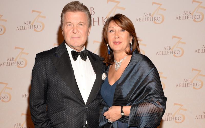 На снимке: Лев Лещенко с супругой Ириной