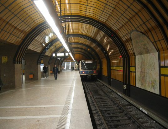 munich_subway_station_theresienwiese