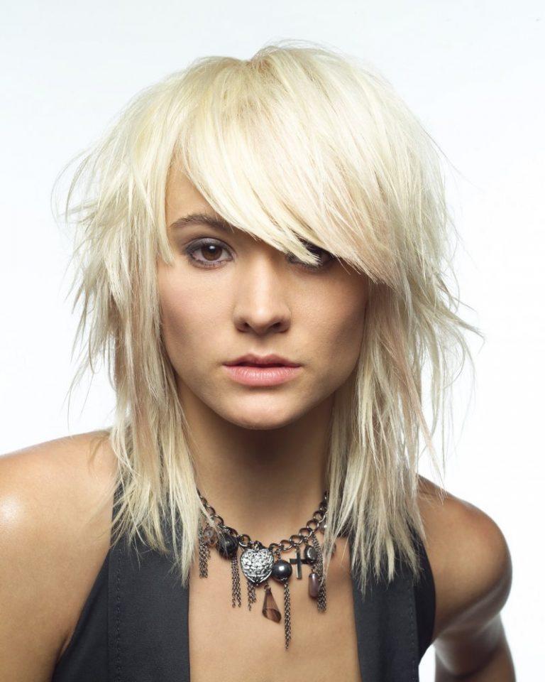 Рваная стрижка на волосы