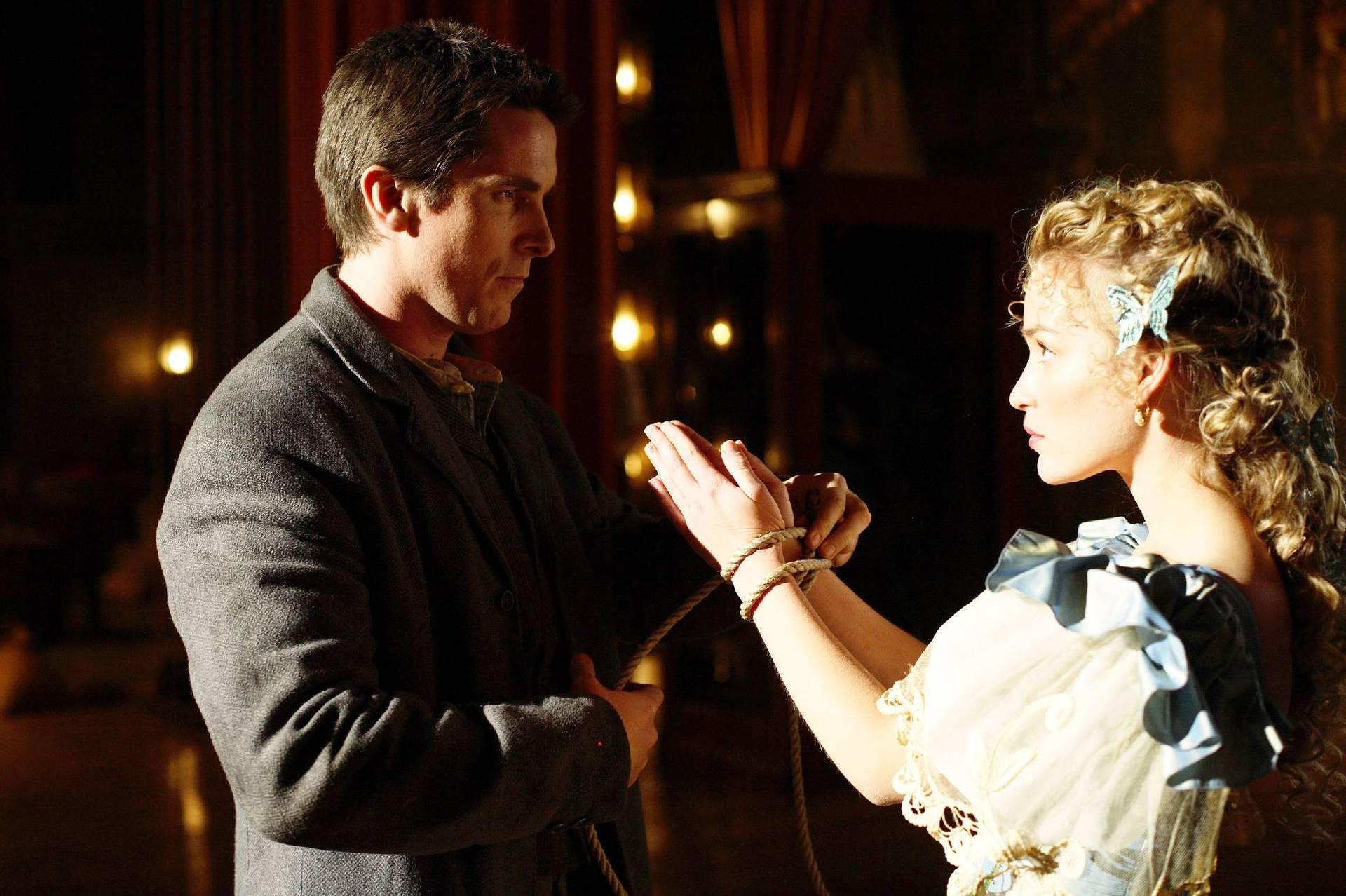 (L-R) Christian Bale, Piper Perabo
